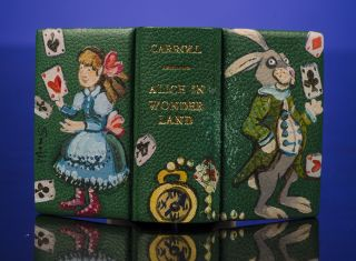 Alice's Adventures in Wonderland [and] Through the Looking-Glass And What Alice Found There