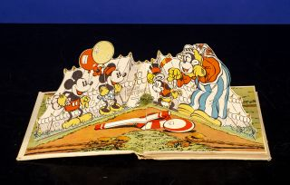 """Pop-up"" Mickey Mouse, The. Walt DISNEY, Studios, Pop-Up book"